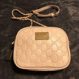 NWT•bebe Cream shoulder/crossbody purse